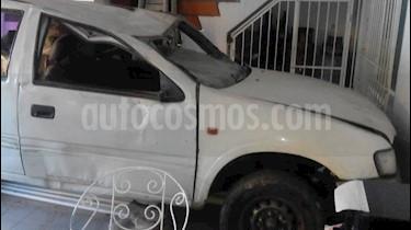 Foto venta carro usado Chevrolet Luv Cabina Sencilla 4x2 (1998) color Blanco precio u$s1.000