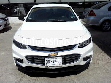 foto Chevrolet Malibú LS Paq A usado (2017) color Blanco precio $222,500