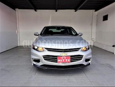 Foto venta Auto usado Chevrolet Malibu LT (2017) color Plata precio $265,000