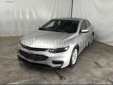 Foto venta Auto usado Chevrolet Malibu LT (2017) color Plata precio $225,900