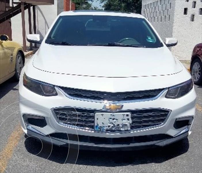 Foto Chevrolet Malibu Premier 2.0 Turbo usado (2017) color Blanco precio $330,000