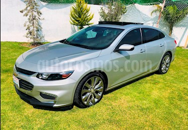 Chevrolet Malibu Premier 2.0 Turbo usado (2017) color Plata Brillante precio $350,000