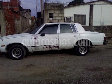 Chevrolet Malibu 8 cilindros usado (1982) color Blanco precio u$s1.300