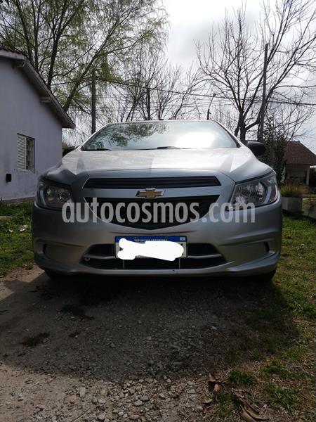 Chevrolet Onix Joy LS usado (2018) color Plata precio $800.000