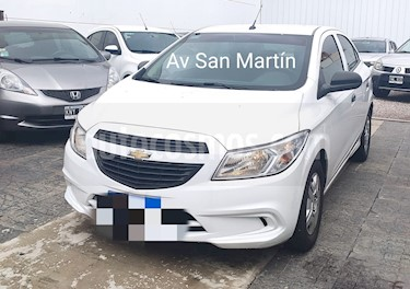Chevrolet Onix Joy LS usado (2017) color Blanco Summit precio $489.900