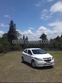 Chevrolet Onix Joy LS usado (2017) color Blanco precio $700.000