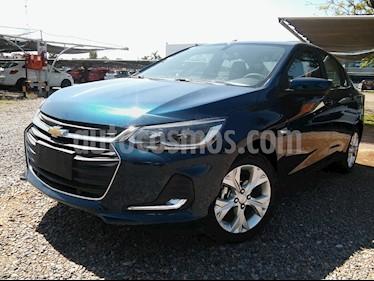 Chevrolet Onix Plus 1.0T Premier I nuevo color Plata Switchblade precio $1.050.000