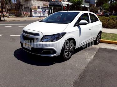 Chevrolet Onix - usado (2018) color Blanco precio $450.000