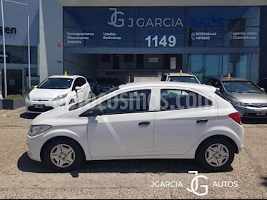 Chevrolet Onix LS Joy + usado (2017) color Blanco precio $495.000
