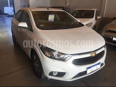 Chevrolet Onix 1.4 LTZ MT5 (98cv) usado (2017) color Blanco precio $700.000