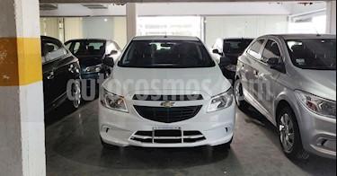 foto Chevrolet Onix LT usado (2015) color Blanco precio $480.000