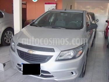 Chevrolet Onix - usado (2019) color Gris precio $549.900