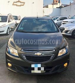 Foto Chevrolet Onix LTZ usado (2015) color Gris Sky precio $659.900