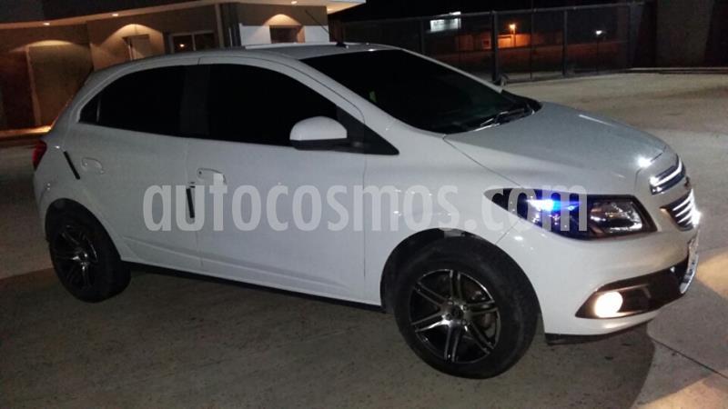 Chevrolet Onix LTZ usado (2016) color Blanco Summit precio $890.000