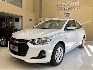 Chevrolet Onix 1.2 LT Pack Tech usado (2020) color Blanco Summit precio $1.299.000