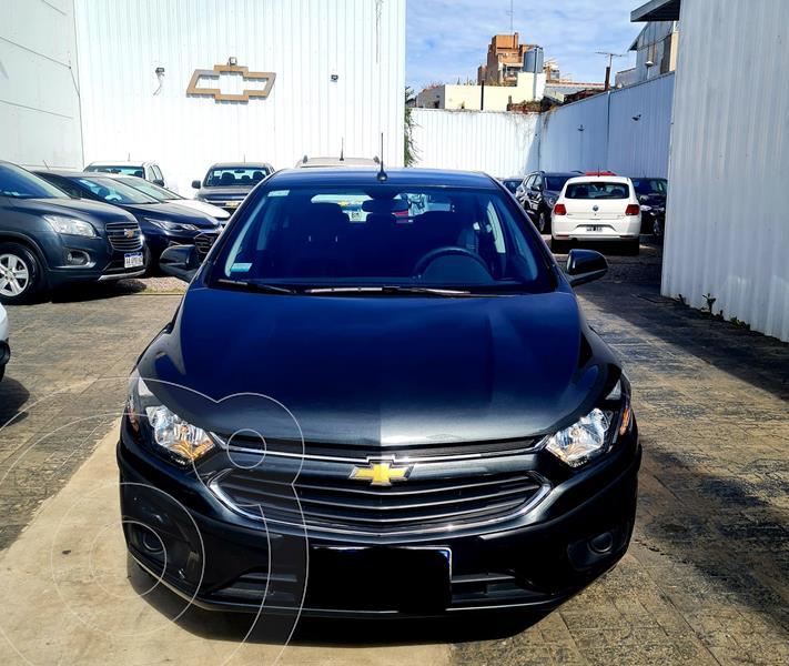 Foto Chevrolet Onix LT usado (2019) color Gris Oscuro financiado en cuotas(anticipo $980.800)