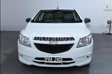 Chevrolet Onix 1.2 LT usado (2015) color Blanco precio $450.000