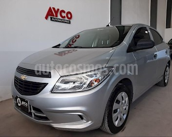 Foto Chevrolet Onix LT usado (2015) color Plata Switchblade