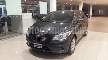 Chevrolet Onix LT usado (2014) color Gris Oscuro precio $505.000