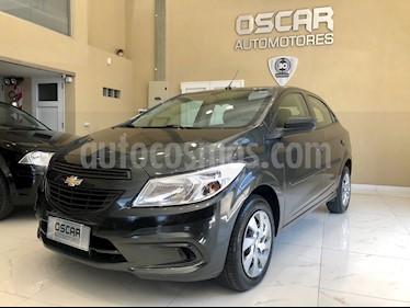 Chevrolet Onix LT usado (2016) color Gris Sky precio $569.000