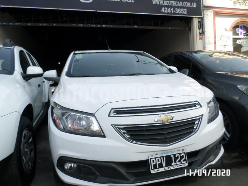 Chevrolet Onix LTZ usado (2016) color Blanco precio $800.000