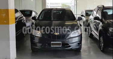 Chevrolet Onix LT usado (2016) color Gris Oscuro precio $550.000
