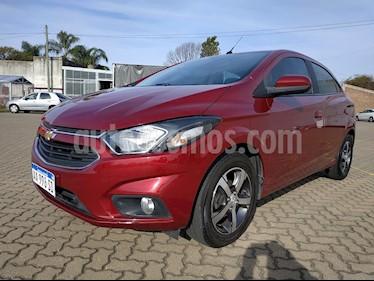 Chevrolet Onix LTZ usado (2017) color Rojo precio $700.000