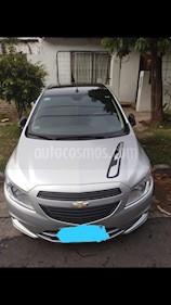 Chevrolet Onix Joy LS + usado (2017) color Plata precio $450.000