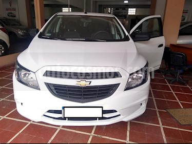 Foto venta Auto usado Chevrolet Onix LS Joy + (2019) color Blanco precio $470.000