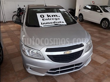 Chevrolet Onix Joy LS + usado (2018) color Gris Claro