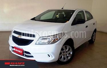 Foto venta Auto usado Chevrolet Onix LT (2016) color Blanco precio $380.000