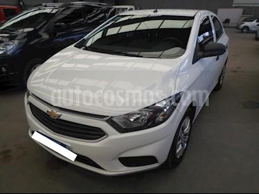 Foto venta Auto Usado Chevrolet Onix LT (2016) color Blanco precio $360.000
