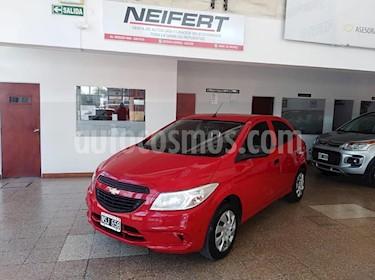 foto Chevrolet Onix LT usado (2014) color Rojo precio $420.000