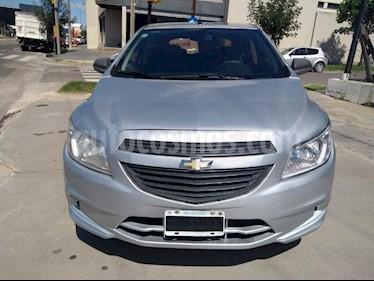 Foto venta Auto usado Chevrolet Onix LT (2014) color Gris Claro precio $305.000