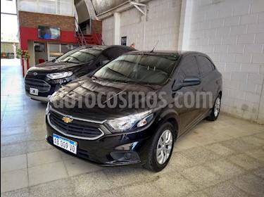 Foto venta Auto usado Chevrolet Onix LT (2017) color Negro precio $395.000
