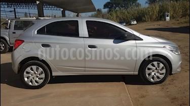 Foto venta Auto usado Chevrolet Onix LT (2016) color Gris precio $400.000