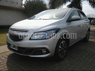 Foto venta Auto usado Chevrolet Onix LTZ (2014) color Plata precio $350.000