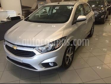 Foto venta Auto usado Chevrolet Onix LTZ (2019) color Gris Plata  precio $498.000