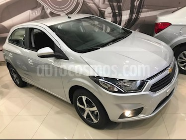 Foto venta Auto usado Chevrolet Onix LTZ (2019) color Gris Plata  precio $637.500