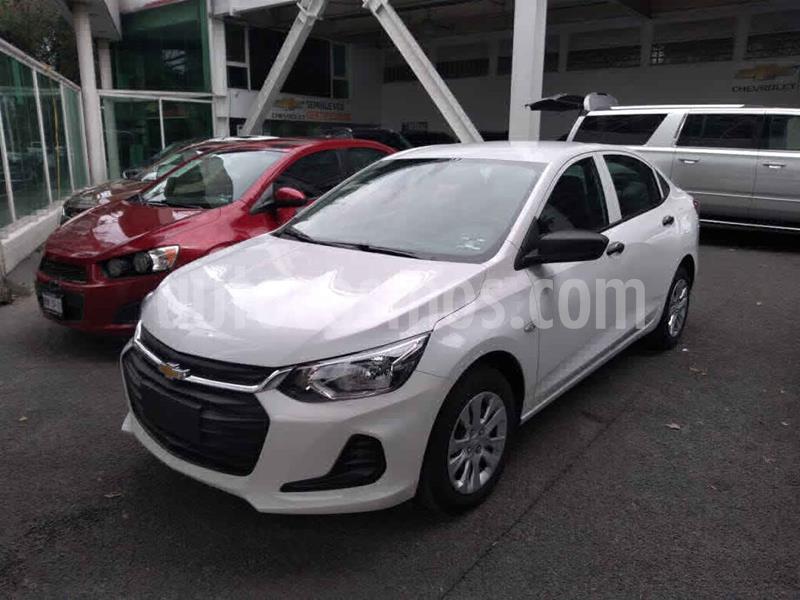 Chevrolet Onix LS Aut usado (2021) color Blanco precio $238,000