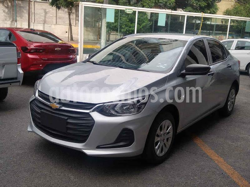 Chevrolet Onix LS Aut usado (2021) color Plata precio $238,000