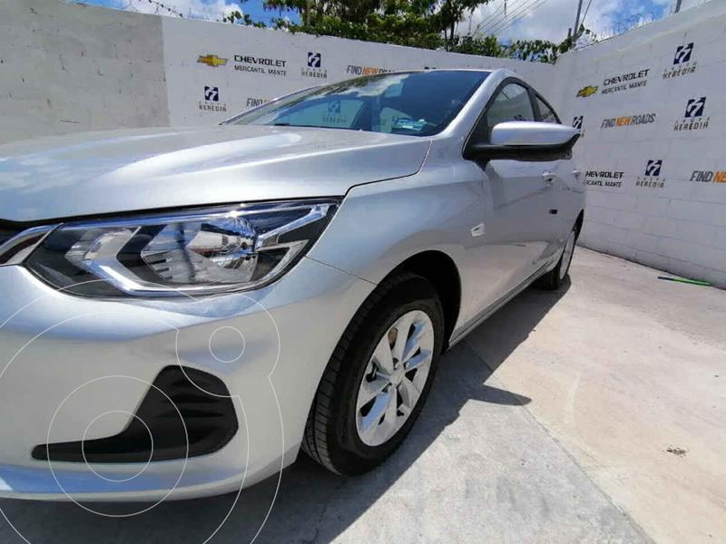 Foto Chevrolet Onix LT Aut nuevo color Plata precio $319,400