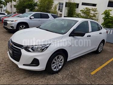 Chevrolet Onix LT Aut nuevo color Blanco precio $300,700