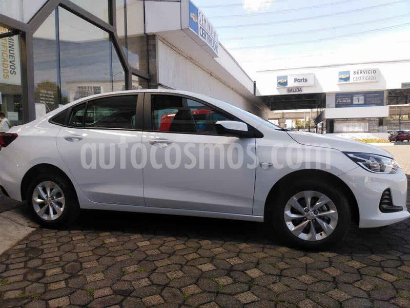 Chevrolet Onix LT usado (2021) color Blanco precio $262,000