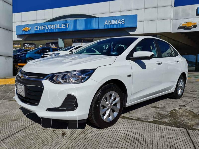 Foto Chevrolet Onix LT Aut usado (2021) color Blanco precio $277,000