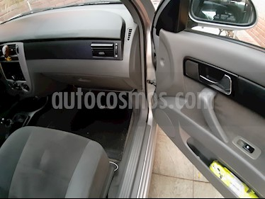 Chevrolet Optra 1.6 LS  usado (2007) color Plata precio $2.400.000
