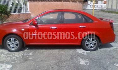 Foto venta carro usado Chevrolet Optra Limited (2008) color Rojo precio u$s1.900