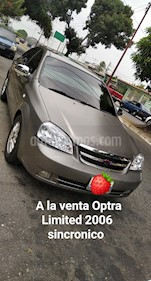 Chevrolet Optra Limited usado (2006) color Plata precio u$s2.000