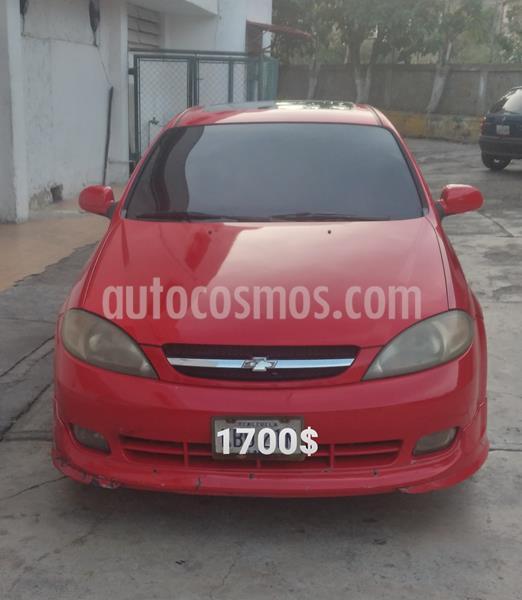 Chevrolet Optra hatchback usado (2007) color Rojo precio u$s1.700