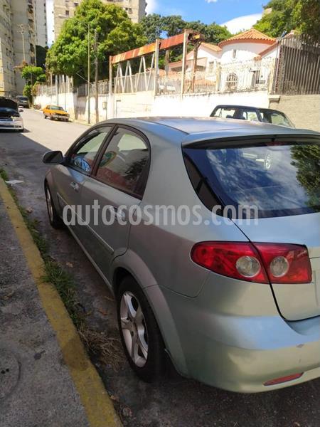 Chevrolet Optra hatchback usado (2008) color Verde precio u$s2.200